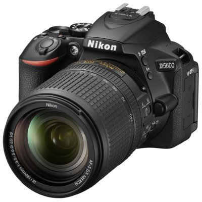 Aparat NIKON D5600 + Obiektyw 18-140mm VR